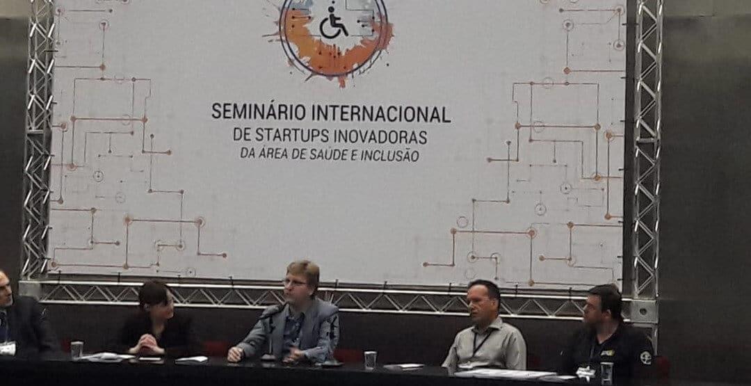 Phelcom apresenta Eyer em seminário sobre inovação em saúde e acessibilidade