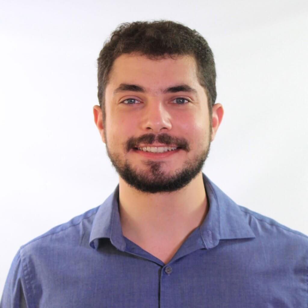 Dr Rafael Louzada