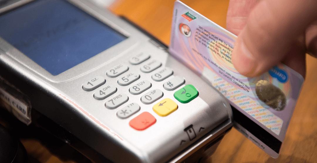 Meios de pagamento para clínicas: como escolher a melhor maquininha de cartão?